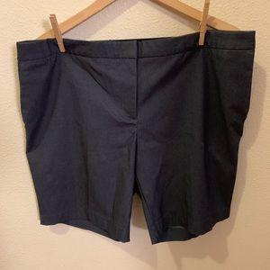 Mario Serrani- shorts, bermuda style *NEW w/tags*